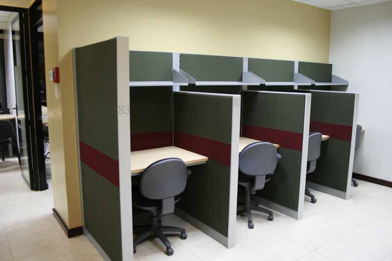 4-co-working-area-al-lado-de-kafe-lounge