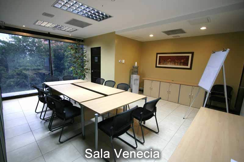 2-sala-venecia-10-a-12-pax