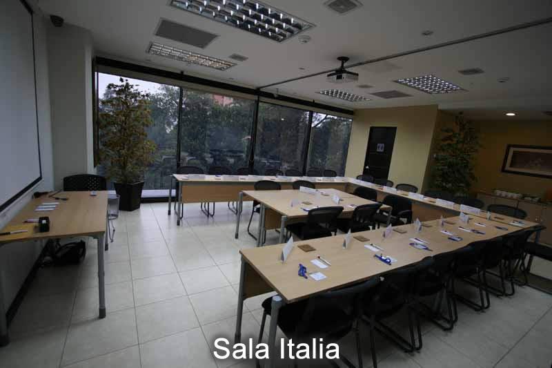 8-sala-italia-26pax-en-u